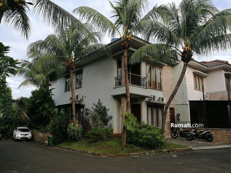 Jambu Townhouse